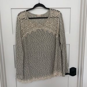 Altar'd State sweater size large